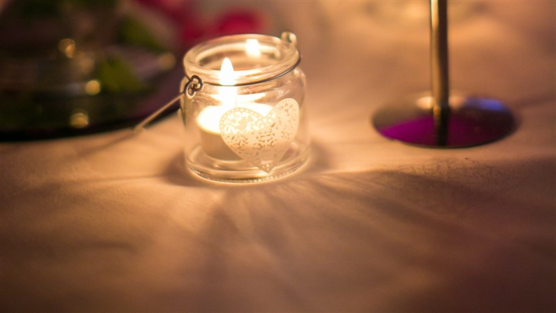 Wedding table candle